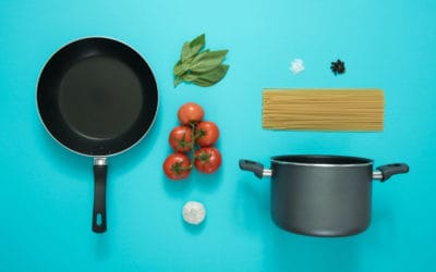 Is it safe to use a scratched nonstick Teflon pan?