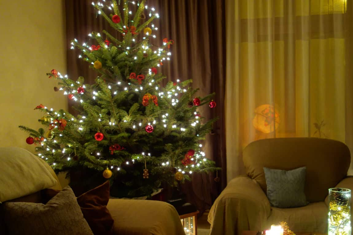 Simple Inexpensive Easy Christmas Tree Decorations Home Explained