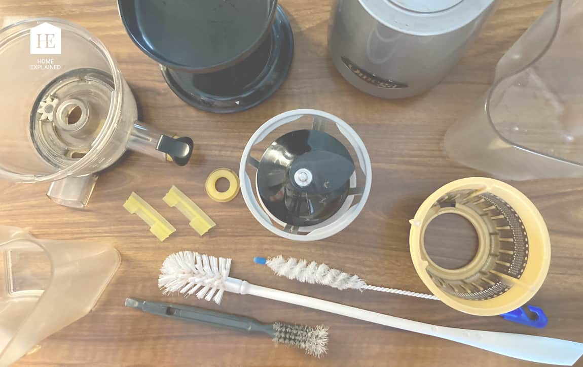 How to Clean Juicer   HomeExplained.com
